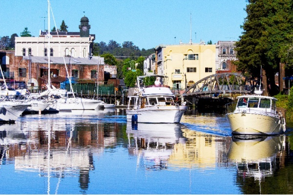 4 Reasons You Should Call Petaluma Home