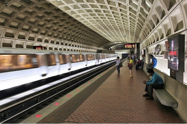 Wi-Fi Now Available in 30 Metro Stations