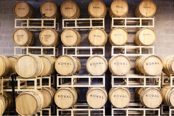 Chicago Spirits: 5 Neighborhoods and Suburbs with the Best Distilleries