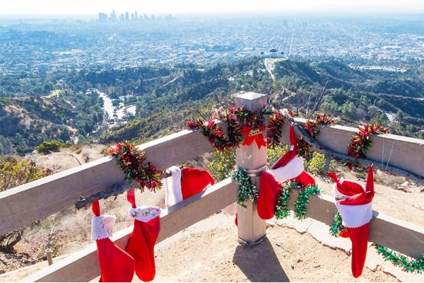 Best Neighborhoods in Los Angeles for Holiday Activities