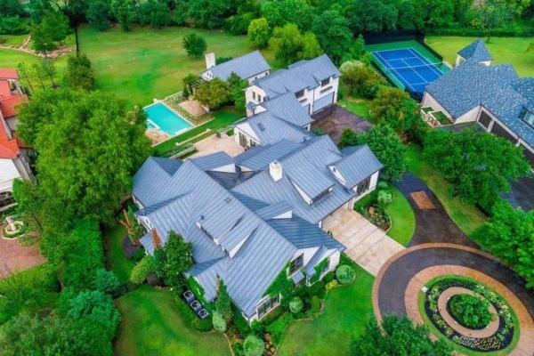 Swarovski Heiress to Auction Off Luxury Estate in Westlake, TX