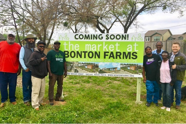 How the City is Revitalizing South Dallas' Medical, Food Deserts
