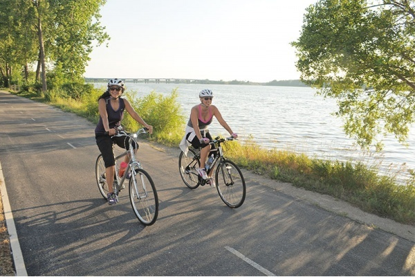 Avid Cyclists Will Love Living in These Chicago Suburbs