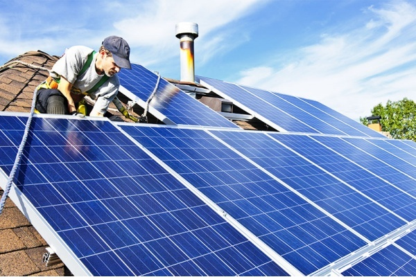 What You Need to Know About Installing Solar Panels to Your Dallas Home