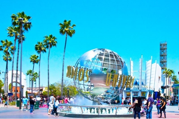 The Best Neighborhoods to Live Near Universal Studios
