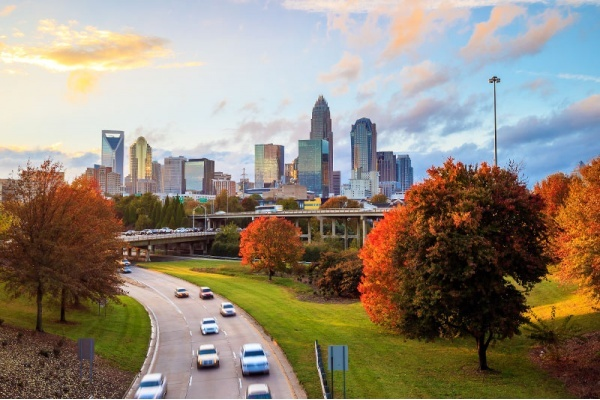Title photo - 4 Suburban Cities With Easy Commutes to Charlotte