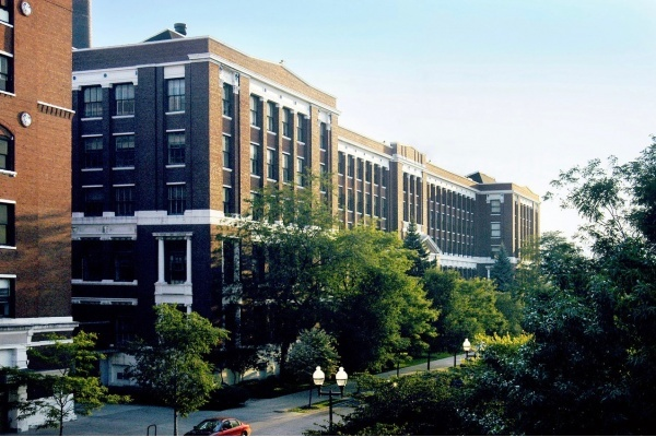 Former Allstate, Sears Headquarters Buildings in Homan Square up for Redevelopment
