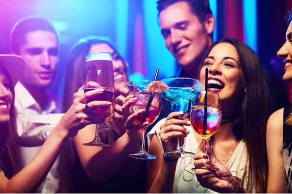 Where to Find the Best Nightlife in the Dallas-Fort Worth Suburbs