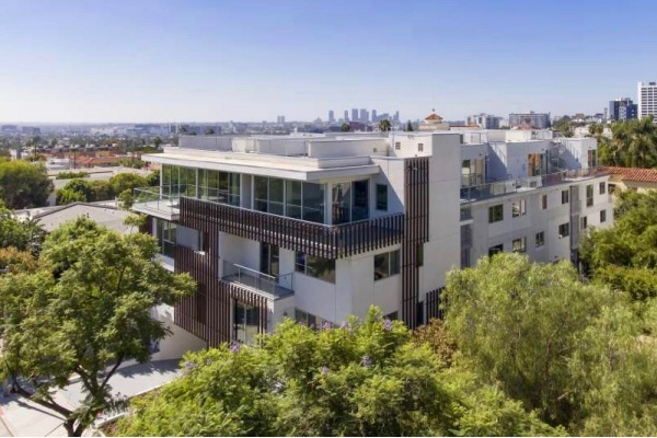 Multi-Story Townhomes Debut Near Sunset Strip in WeHo