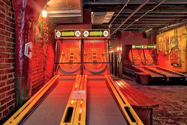D.C.'s Best Neighborhoods for Bars With Games