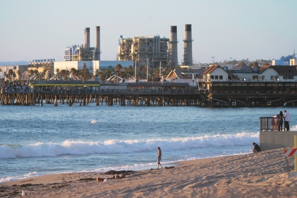 Redondo Beach Plans to Revamp Power Plant into a Public Park