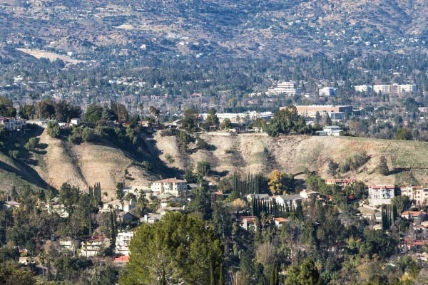 What It's Like to Live in Woodland Hills, Los Angeles