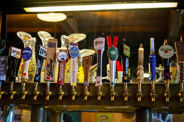 A Beer-Lover's Guide to East Petaluma's Best Breweries