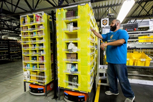 Amazon Opening Prime Now Hub in Miami's Wynwood Neighborhood