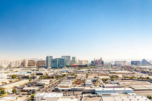 Title photo - 6 Things to Know About Buying a Home in Las Vegas