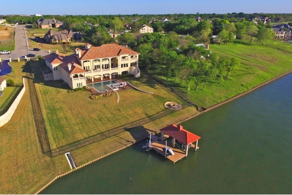 Luxurious Dallas Lakefront Mansion, Recently Listed at $4.75M, to be Auctioned
