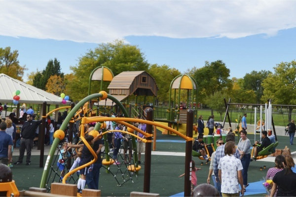 Title photo - Where to Find Inclusive Playgrounds in Dallas-Fort Worth