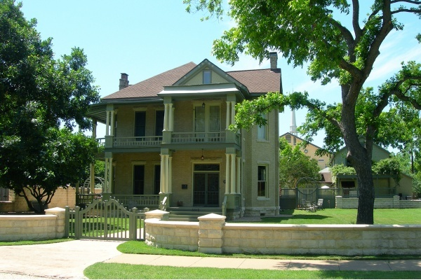 Austin Historic Landmark Commission Rejects Second Draft of CodeNEXT