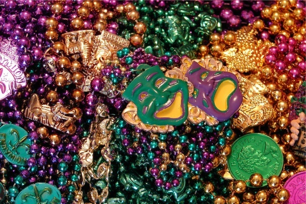 A New Orleans Transplant's Guide to Celebrating Mardi Gras in Chicago Neighborhoods