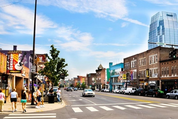 How to Make Friends in a New City: Nashville