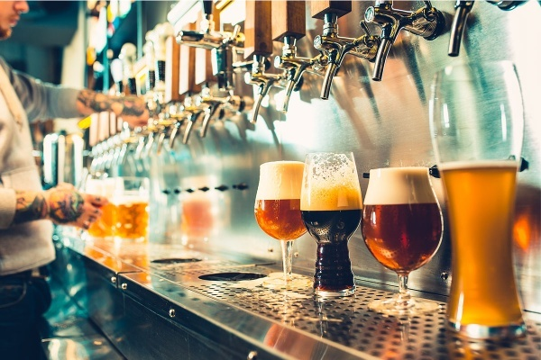 The Best Charleston Neighborhoods for Beer Lovers