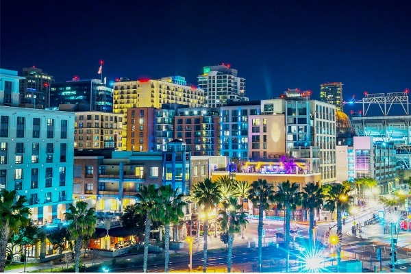 The Best San Diego Neighborhoods for Night Owls