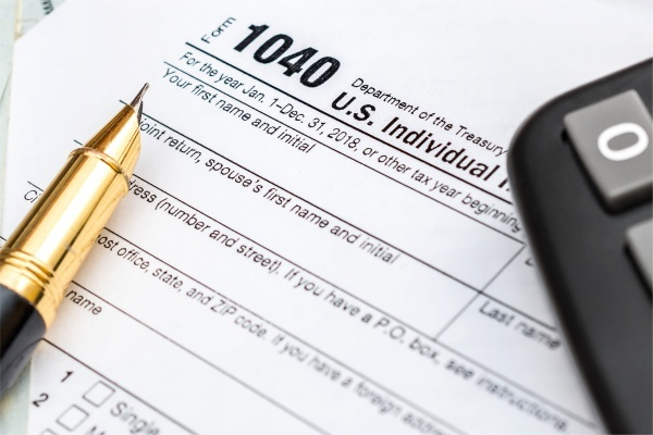 Homebuying and Tax Deductions: What to Know This Tax Season
