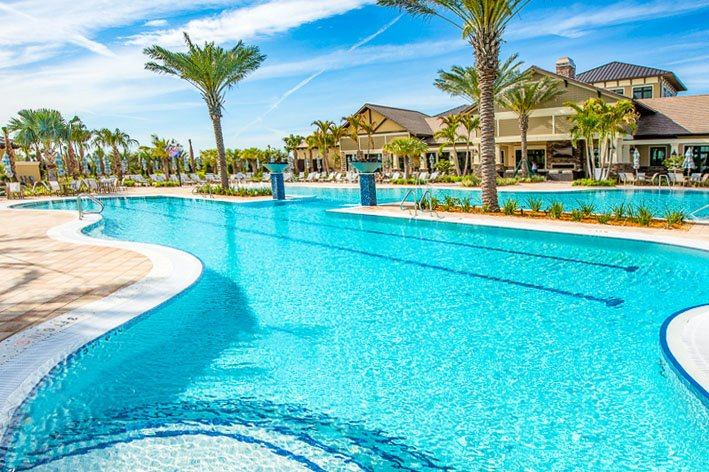 resort style pool Lakewood ranch