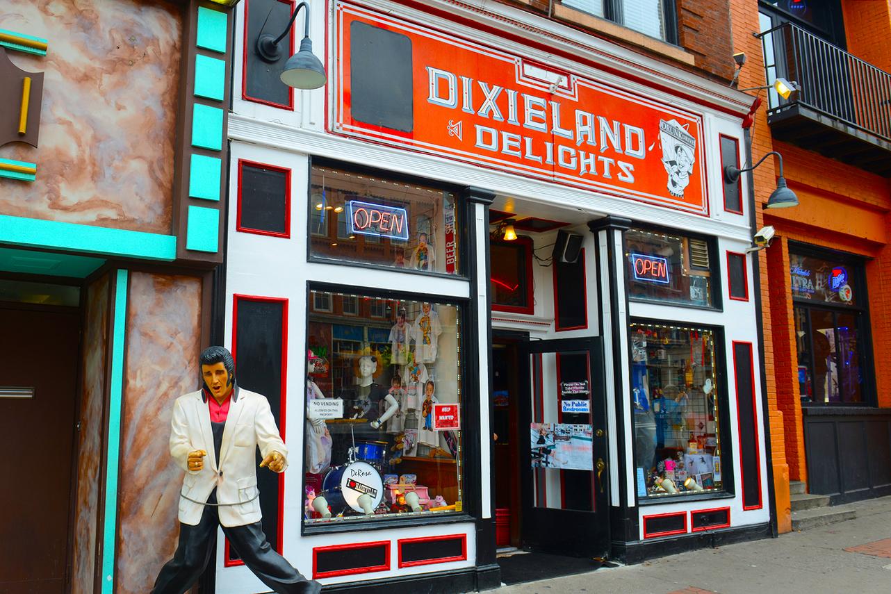 Best nashville neighborhoods for antique shopping for Antique stores in nashville