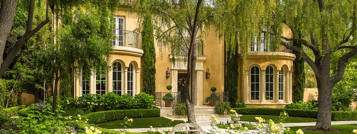 $17.8M Palo Alto Estate Exemplifies Architect Birge Clark's Aesthetic