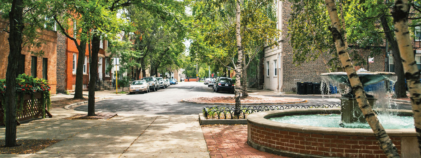 4 Reasons to Live in Chicago's Little Italy and University Village