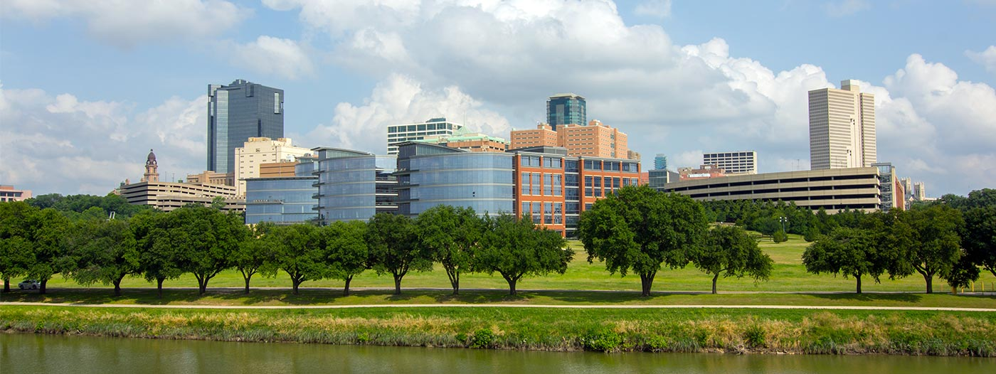 6 Suburban Cities With Easy Commutes to Fort Worth