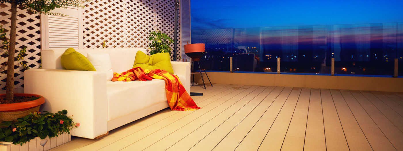 The Best Las Vegas Neighborhoods to Find Rooftop Decks