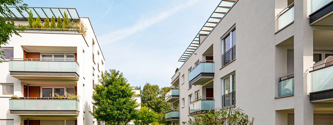 Buying a Condo vs. Buying a House: What You Need to Know