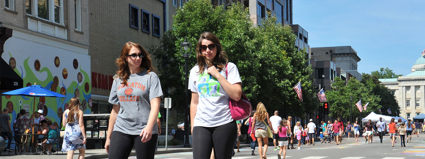 Walkabout Raleigh: 4 Neighborhoods That Are Walking-Friendly