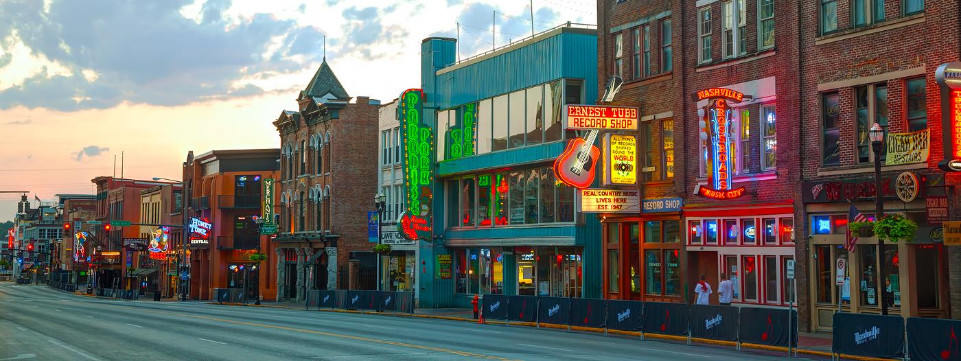 Best Nashville Neighborhoods for Antique Shopping