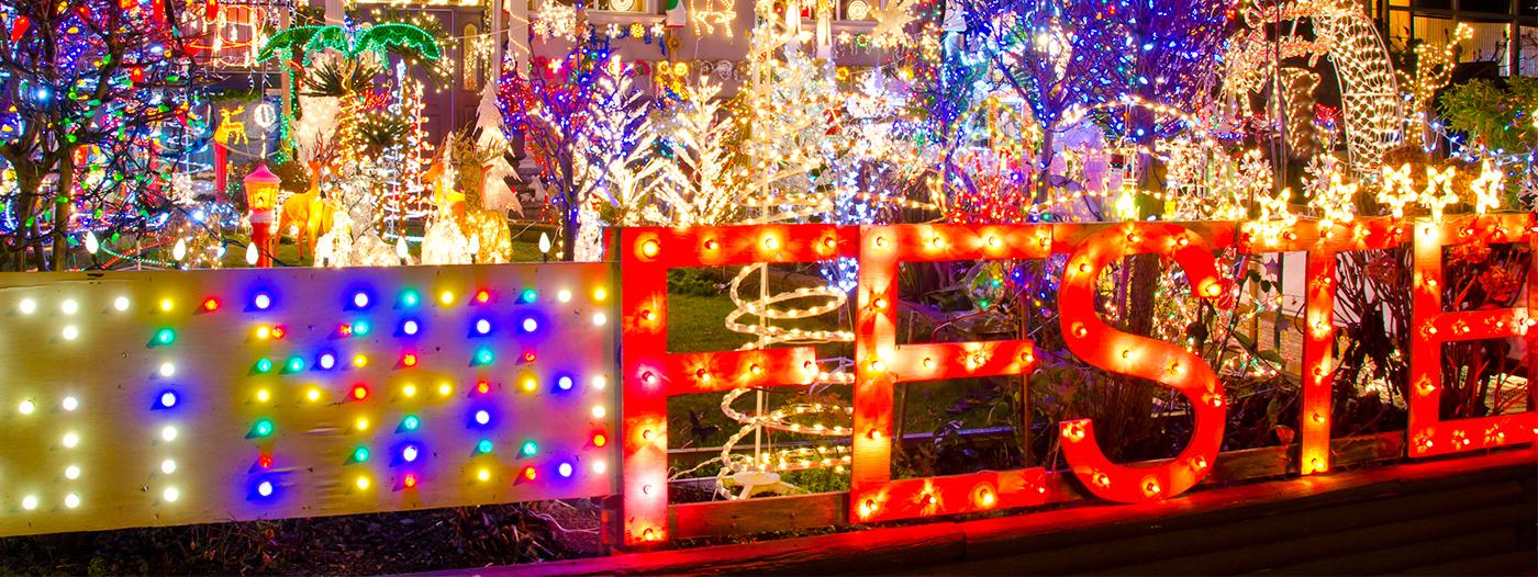 Gilbert's 'Christmas on Comstock' Named Best Arizona Neighborhood for Holiday Lights