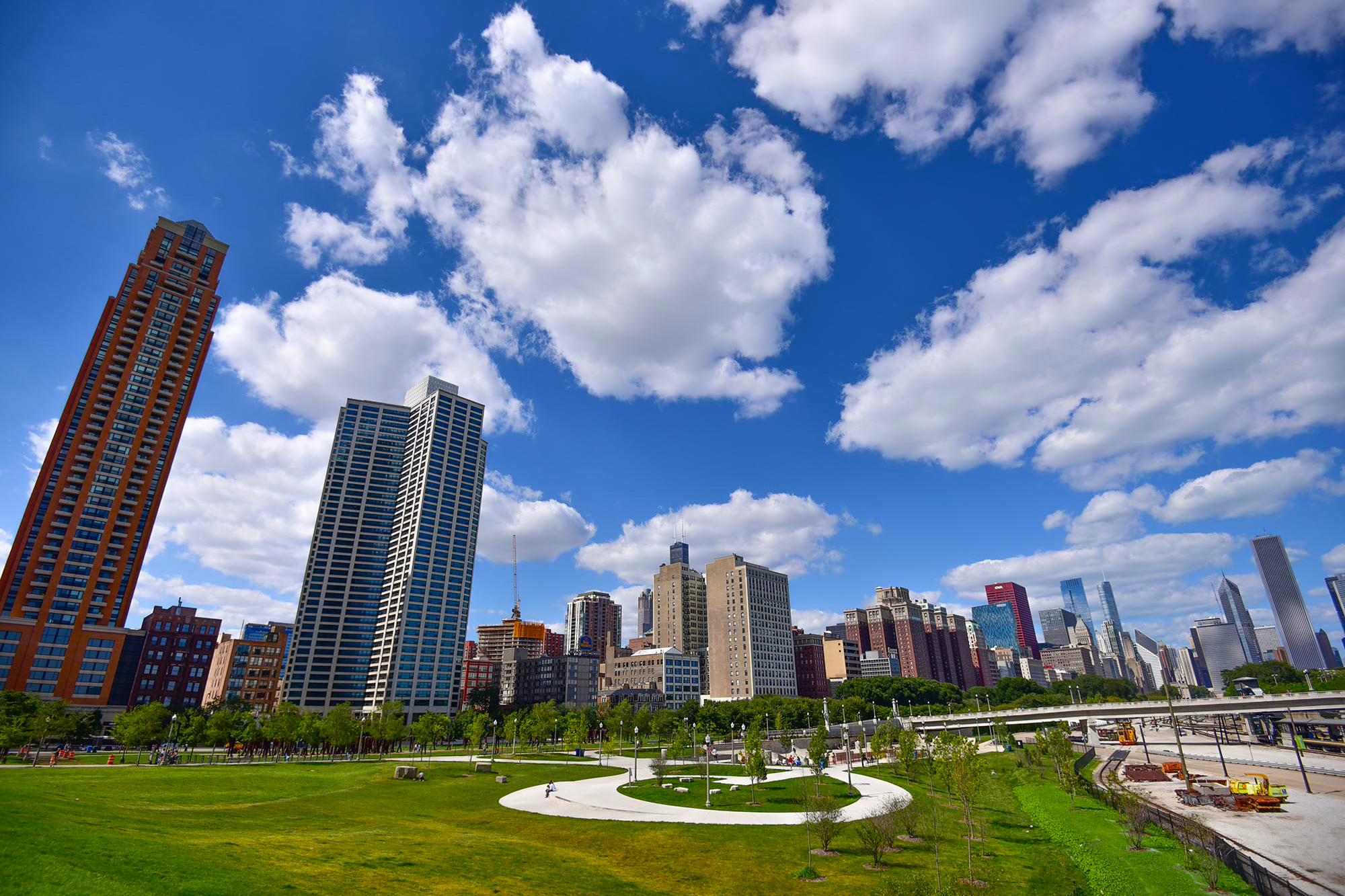 A first timer 39 s guide to surviving lollapalooza in chicago for Where to stay in chicago