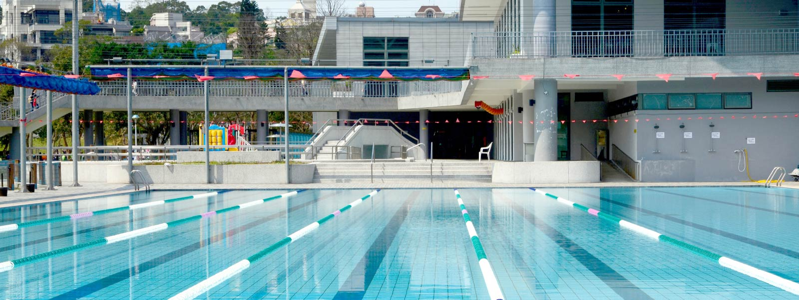 7 Neighborhoods Where You Can Swim for Free at Chicago Park District Pools