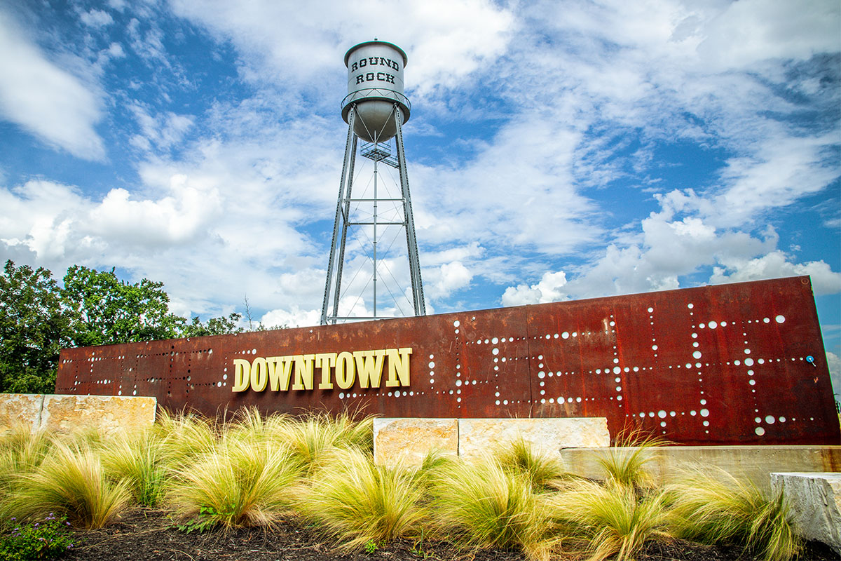 Round Rock City Sign And Water Tower